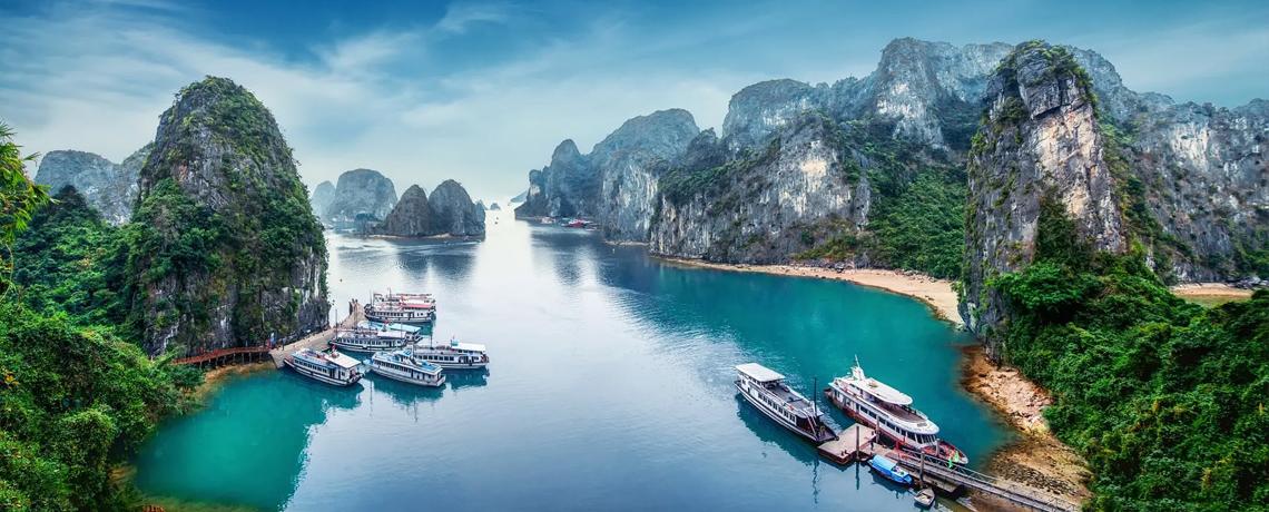 6D Favorite Vietnam + Ha Long Bay dan Mekong Delta