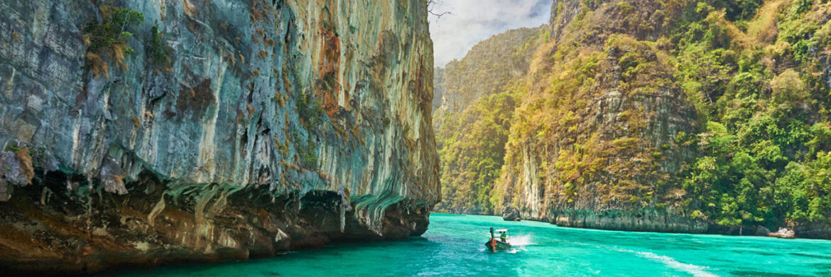 4D/3N Experience Phuket with Phi Phi Island by Big Boat