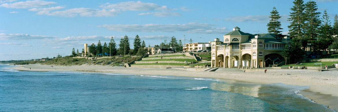 5D/4N Favourite Perth Experience 4WD Pinnacles, Sand Boarding, Margaret River  Fremantle