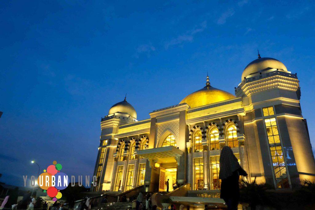 Wisata Religi Islam Di Bandung