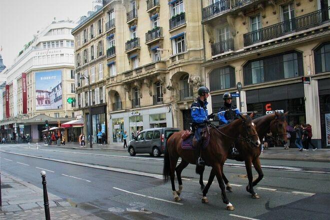 Go Outside, Take a Deep Breath of Fresh Air and Explore Paris