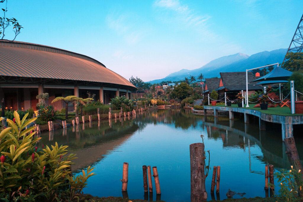 Hotel Bagus Di Semarang Atas