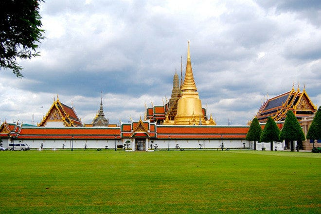 10 Best Activities and Attractions to Take in While in Bangkok